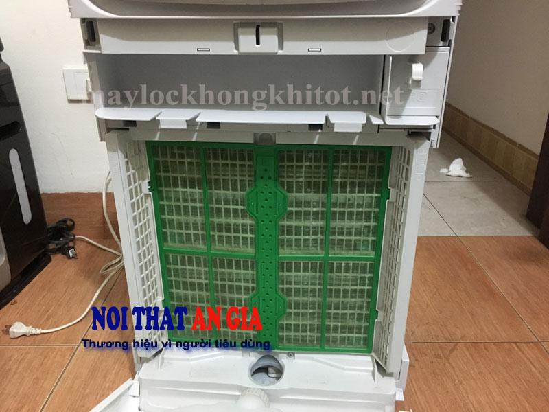 maylockhongkhiDAIKIN-MCK75K-W3